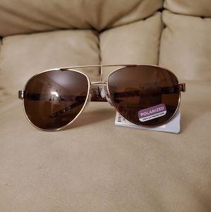 ⭐ Sunglasses. NWT.
